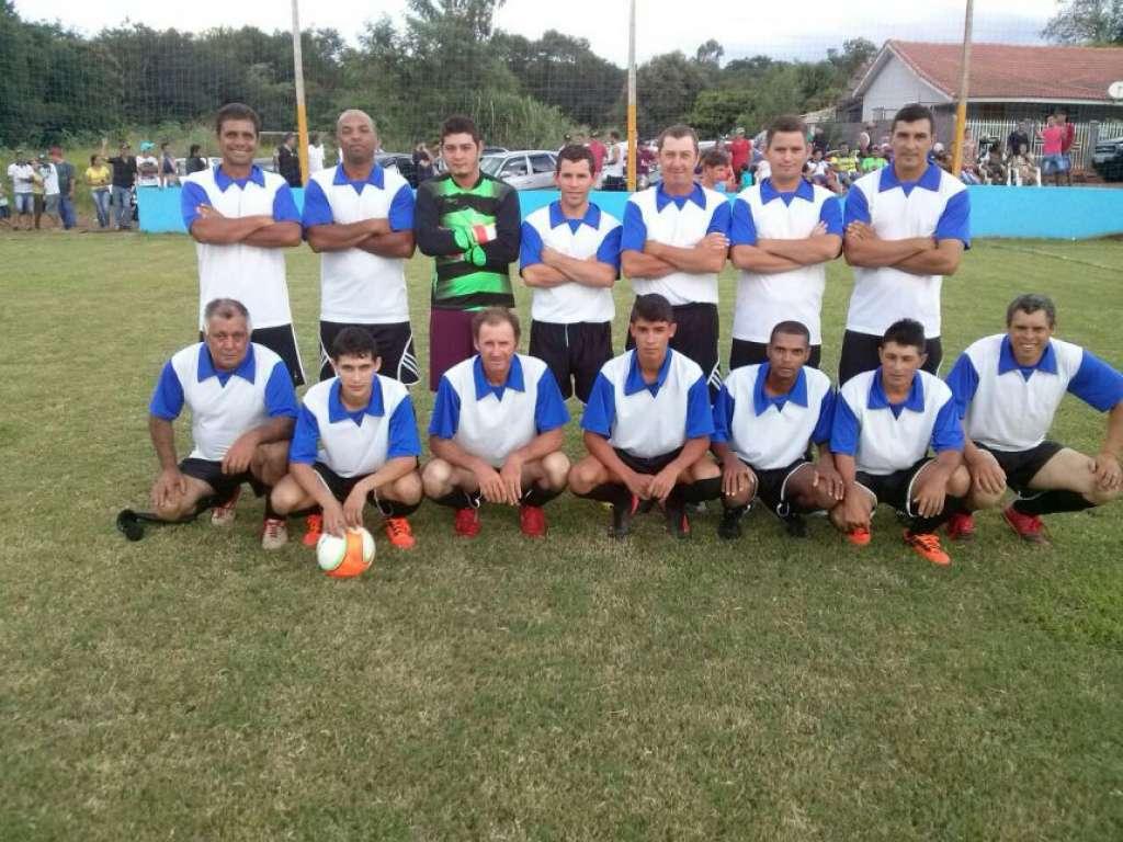 Primeira Rodada do 1º Campeonato Municipal de Futebol Suíço - Galeria de Imagens