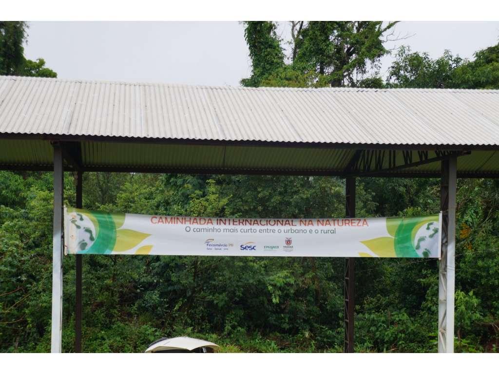 Nova Cantu Realiza a 1ª Caminhada Internacional da Natureza - Galeria de Imagens