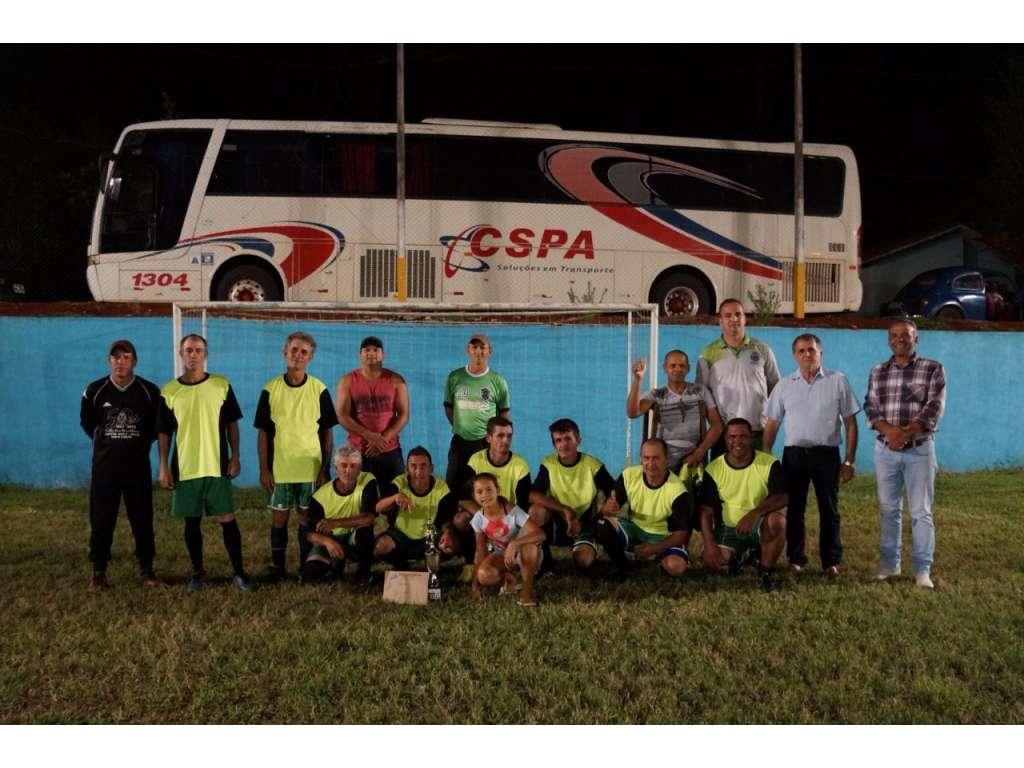 Equipe do Slaviero é Campeã do Campeonato Municipal de Futebol Suíço de Veteranos - Galeria de Imagens