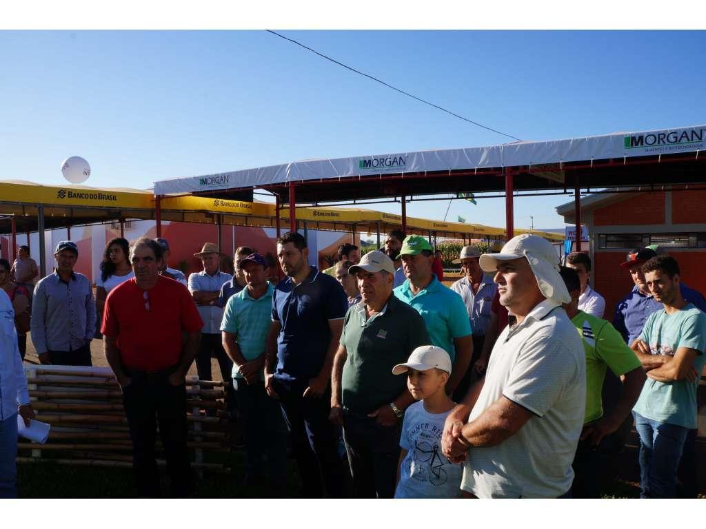 Produtores Rurais de Nova Cantu Visitam Show Rural - Galeria de Imagens