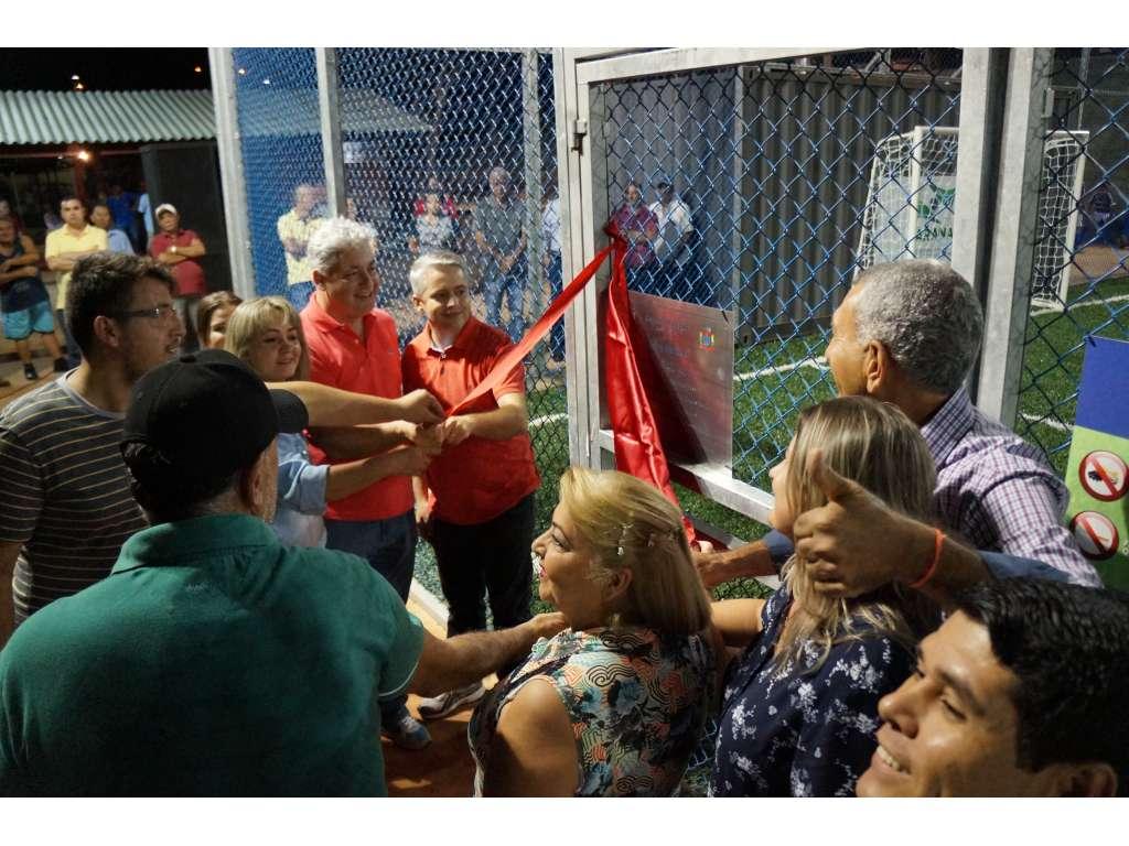 Deputados Estadual e Secretário de Esportes Douglas Fabrício Visita Nova Cantu e Anuncia 2 Academias da Saúde - Galeria de Imagens