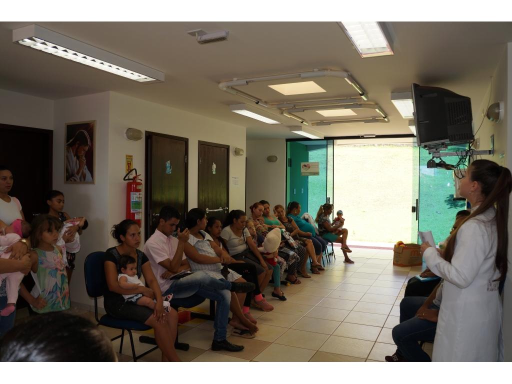 Orientação Sobre Dentição Para Mães e Gestantes do PSF Urbano - Galeria de Imagens