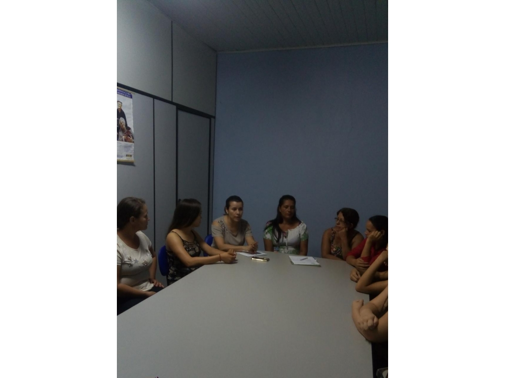 Segunda Turma do Curso de Manicure Iniciou Nesta Quinta-Feira - Galeria de Imagens