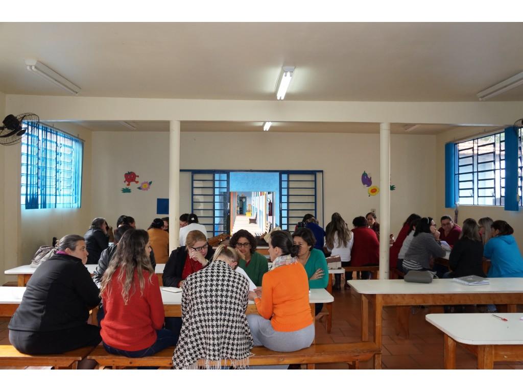 Educadores Recebem Capacitação do Programa Agrinho - Galeria de Imagens