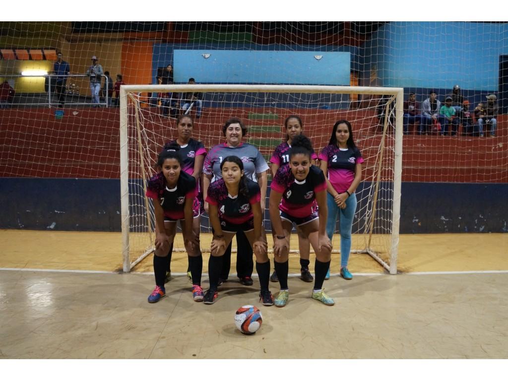 Equipes do Santo Rei Vencem e Levam o Terceiro Lugar no Campeonato Municipal de Futsal - Galeria de Imagens