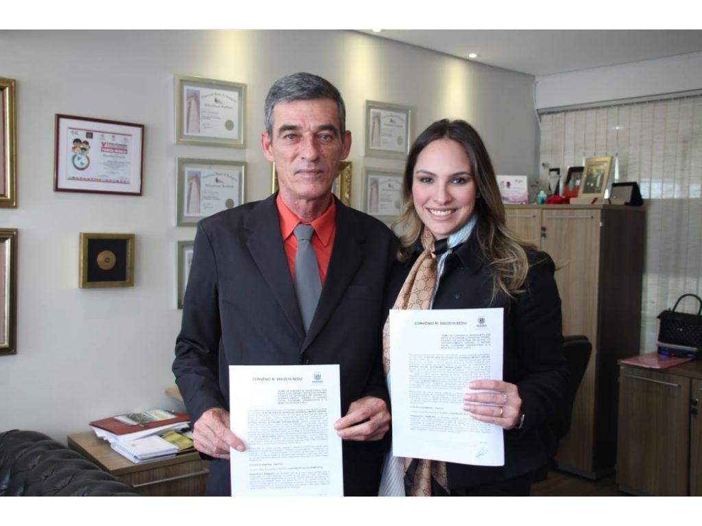 Deputada Maria Victória Destina Emenda de R$ 150 mil Para Nova Cantu - Galeria de Imagens