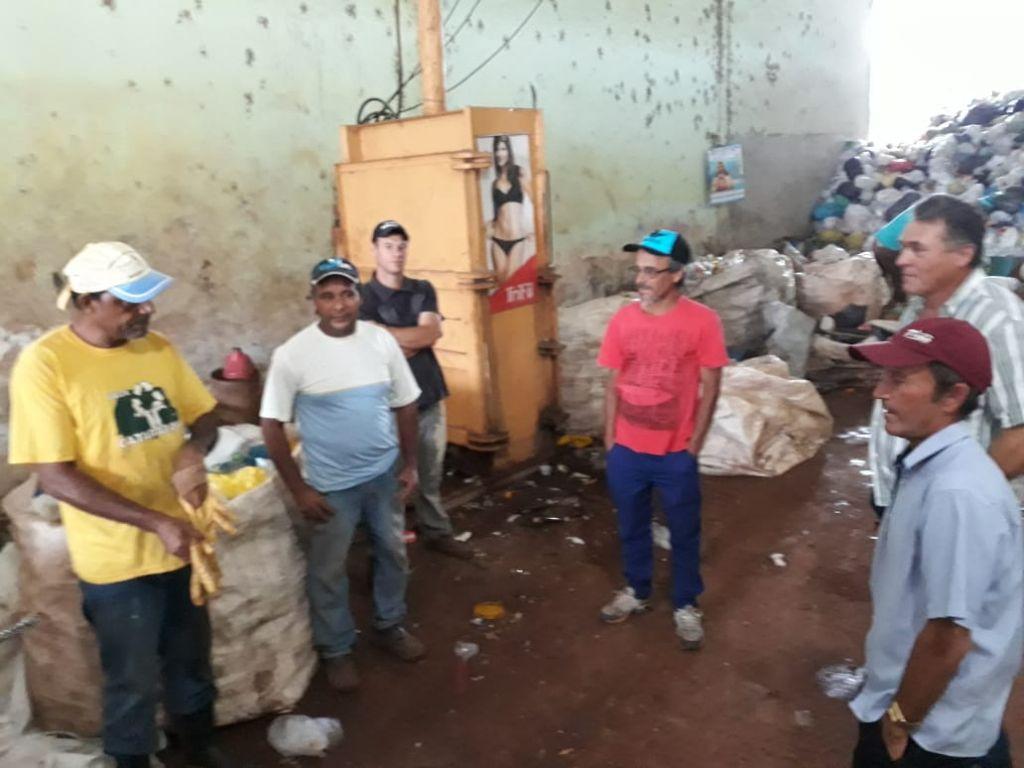 Trabalhadores da ACAMARENC Recebem Treinamento em Roncador - Galeria de Imagens