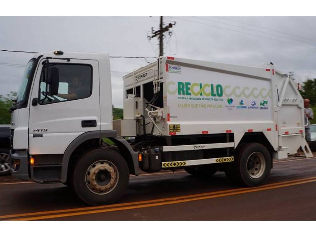 Caminhão da Coleta Seletiva Iniciará o Recolhimento de Materiais nesta Segunda-Feira - Galeria de Imagens