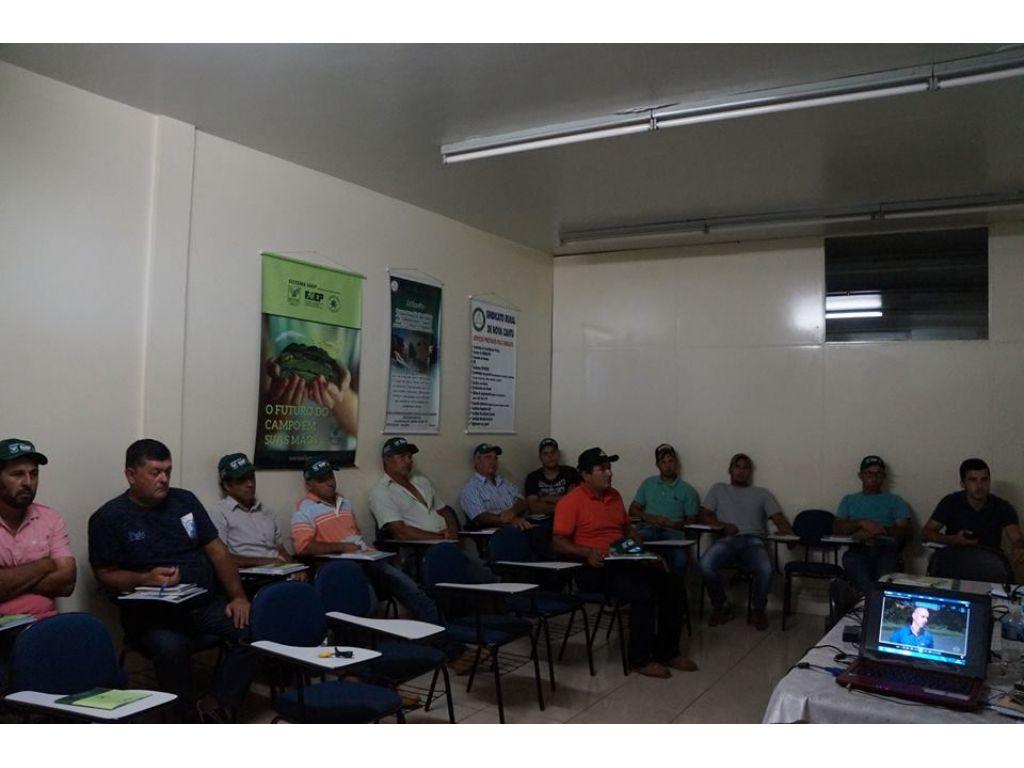 Curso Para Agricultores dá Início ao Programa Municipal de Criação de Peixes - Galeria de Imagens