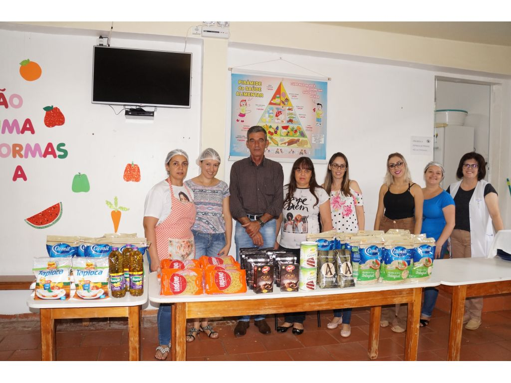 Crianças que Apresentam Restrições Alimentares Ganham Cardápio Adaptado - Galeria de Imagens