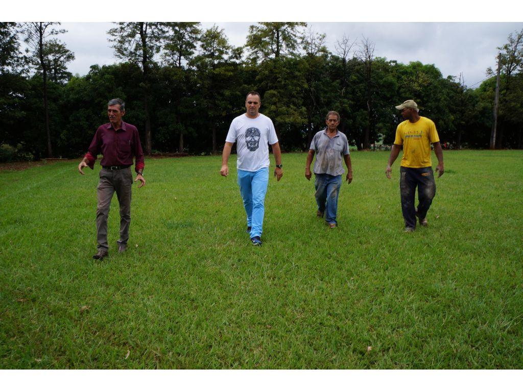 Campo de Futebol do Distrito de Cantuzinho Receberá Iluminação - Galeria de Imagens
