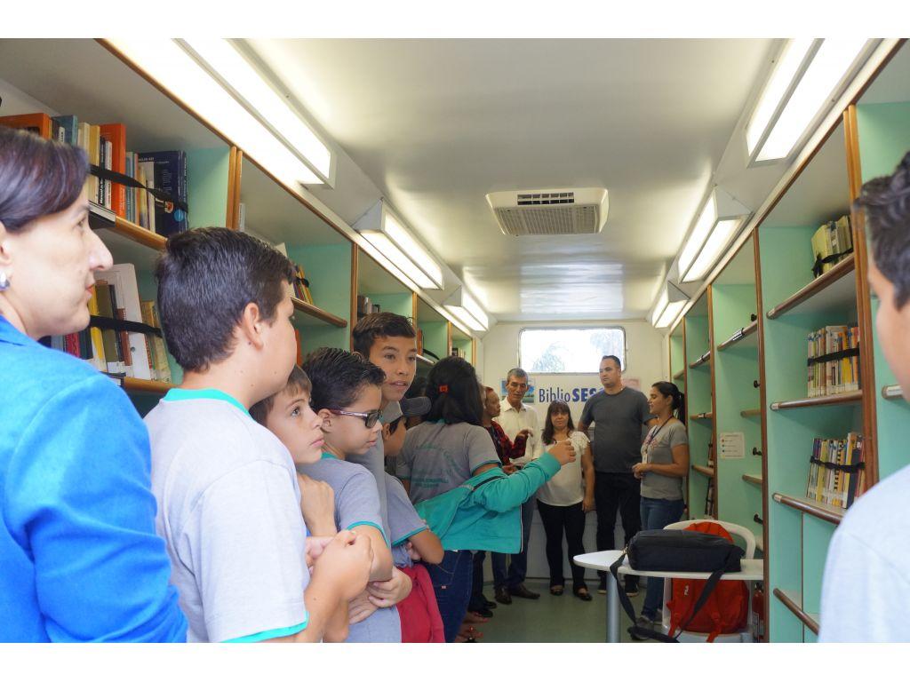 Pela Primeira Vez Nova Cantu Recebeu o Caminhão do BiblioSesc - Galeria de Imagens