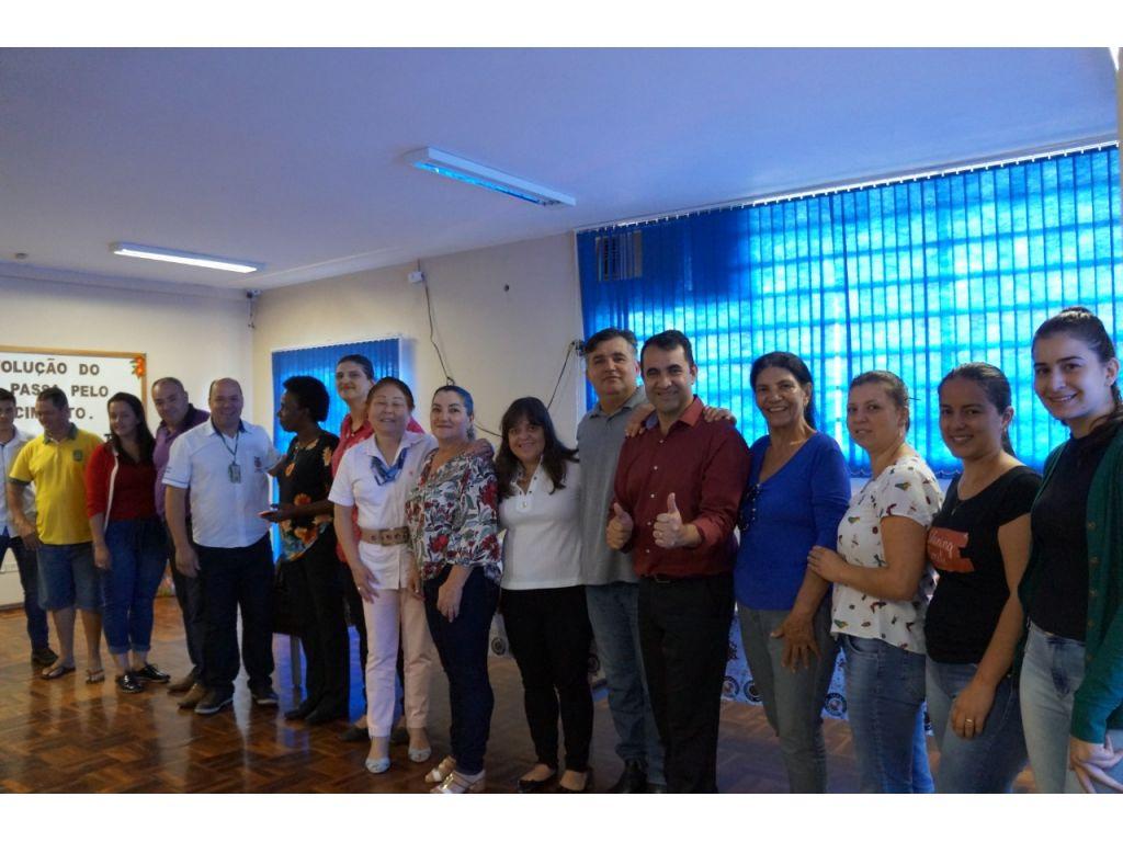 Governo da Ordem de Partida Para Início do Muro do Colégio Estadual Professor João Farias da Costa - Galeria de Imagens