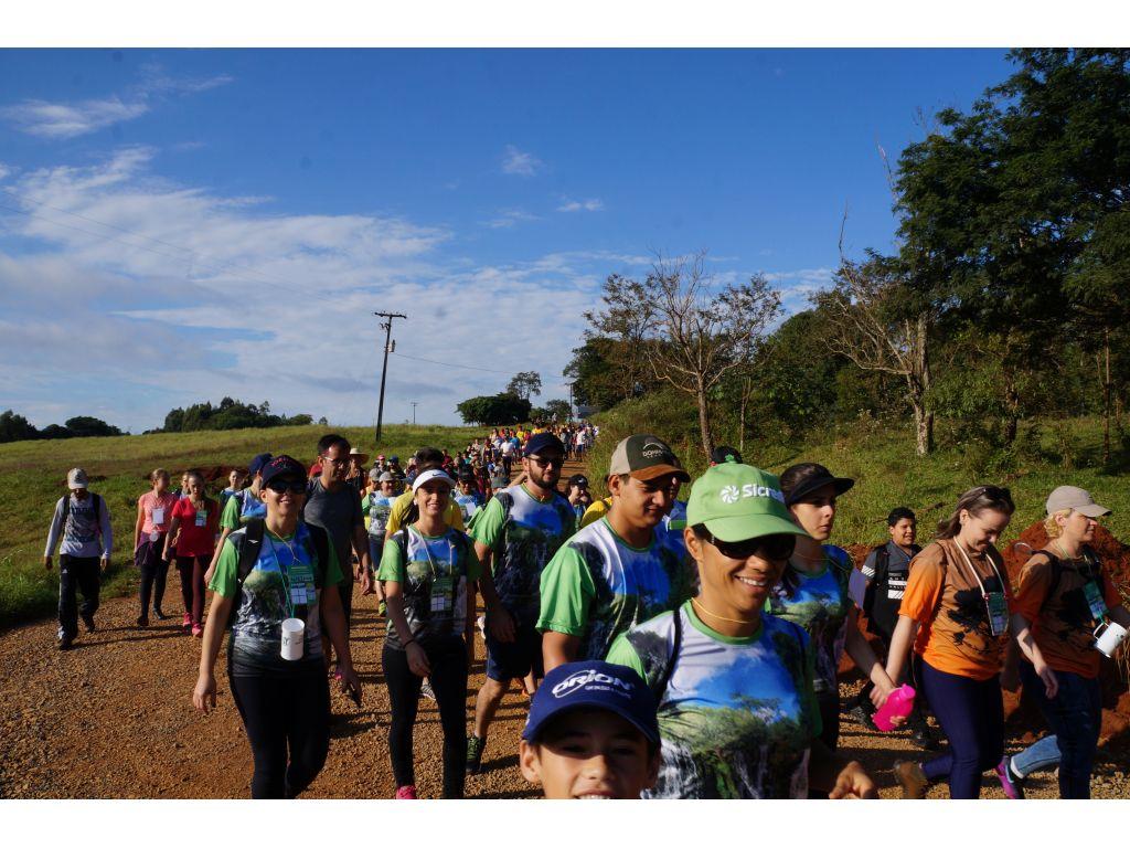 3ª Caminhada Internacional na Natureza de Nova Cantu Contou Com Caminhantes de 17 Cidades - Galeria de Imagens