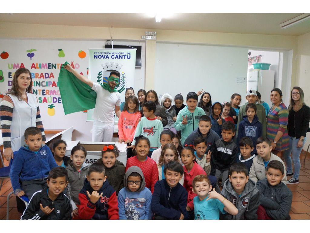 Secretaria de Meio Ambiente Segue com Agenda de Educação Ambiental   - Galeria de Imagens