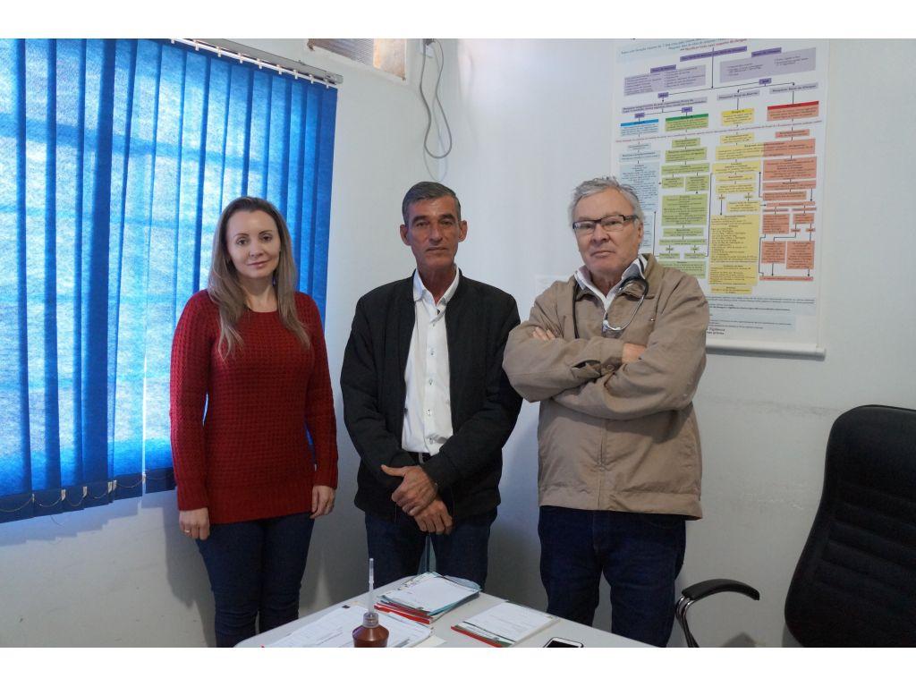 Doutor Viana Atenderá No Posto de Saúde Também - Galeria de Imagens