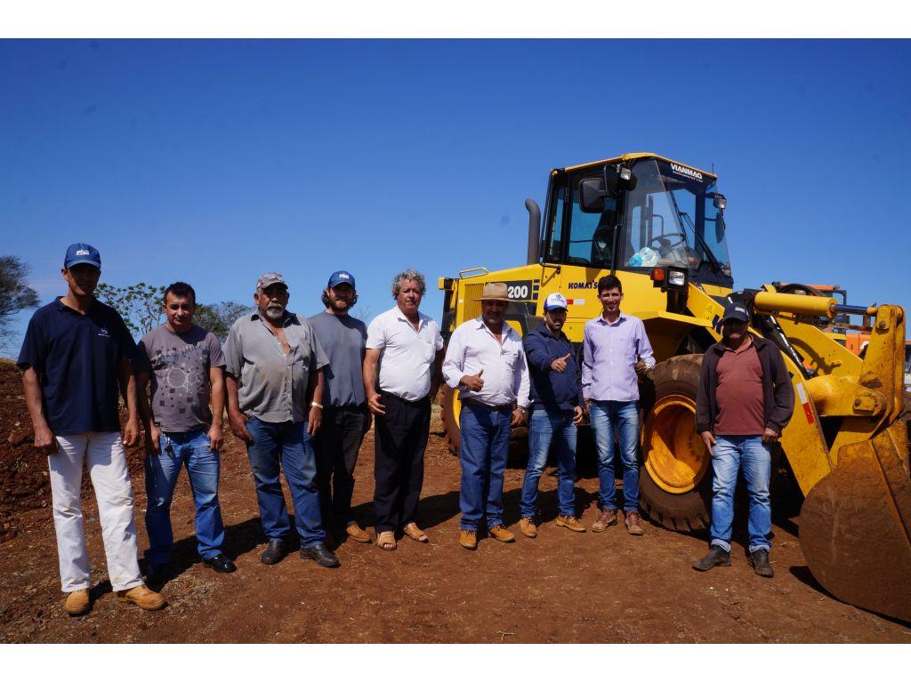 Equipe da Secretaria de Infraestrutura Segue os Trabalhos na Região do Cantuzão - Galeria de Imagens