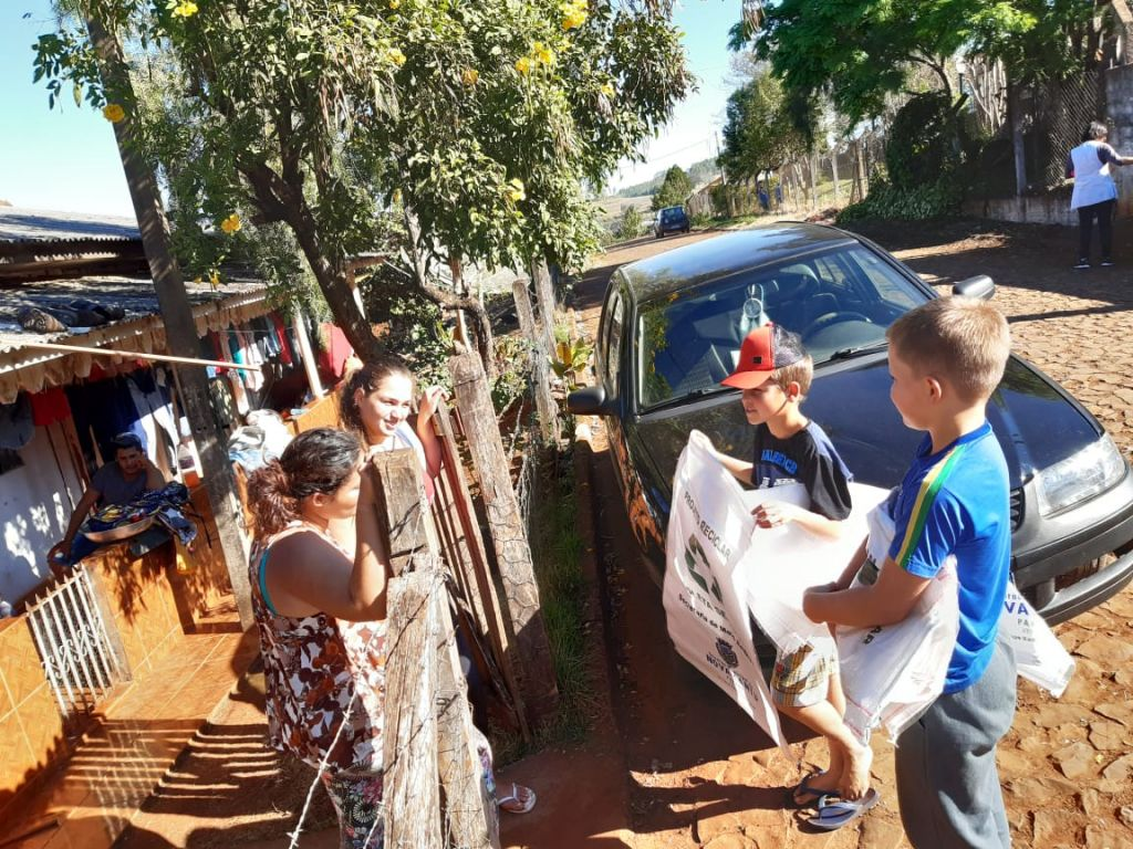Distrito de Cantuzinho passará a contar com serviço de Coleta  Seletiva - Galeria de Imagens