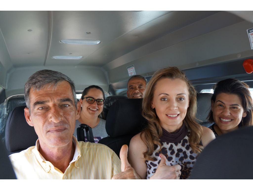 Nova Cantu Recebeu Mais Uma Van 0 KM Para a Saúde - Galeria de Imagens