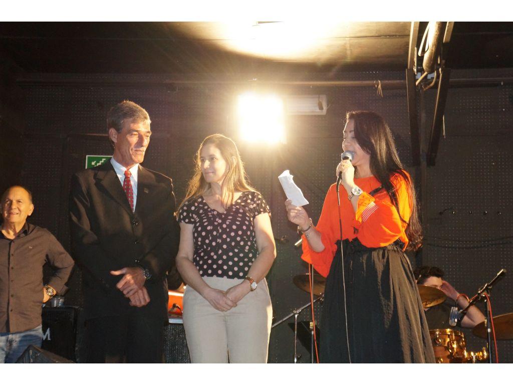 Show Com a Cantora e Deputada Mara Lima Emocionou e Abrilhantou o Feriado do Dia Municipal do Evangélico - Galeria de Imagens
