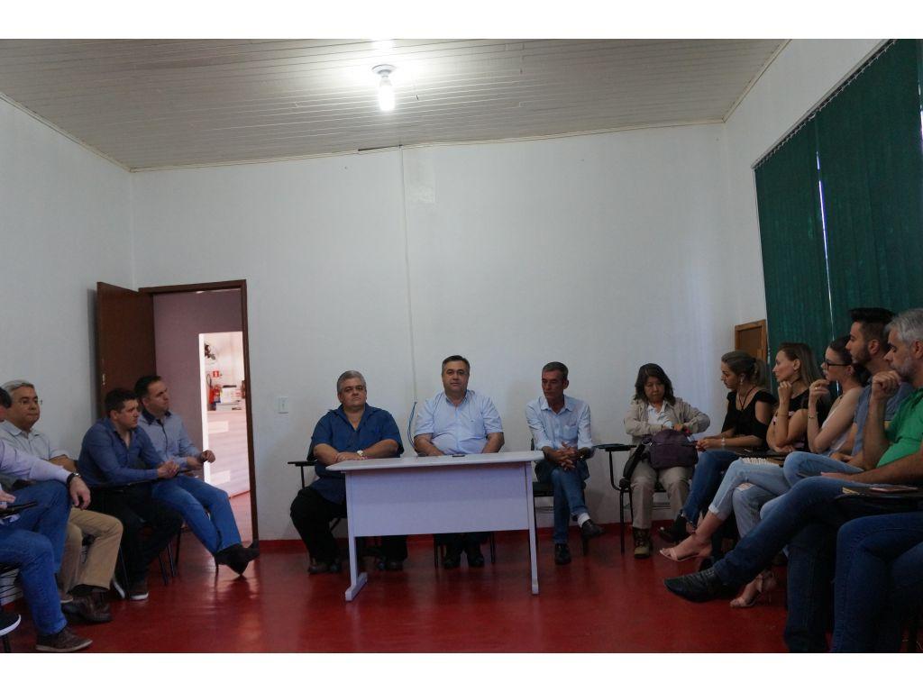 Secretário de Estado da Saúde do Paraná Beto Preto Veio à Nova Cantu Prestar Apoio ao Município no Combate a Dengue - Galeria de Imagens